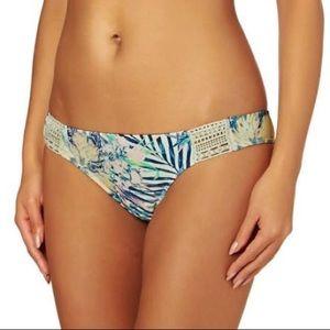 NWT Roxy Sea Lovers Surfer Crochet Bikini Bottom